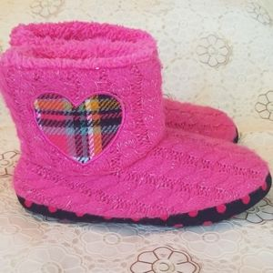 Girls booties/slippers size 13-1